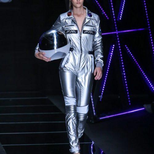 Sfilata di Frankie Morelli durante la Milano Fashion Week, foto di Mairo Cinquetti
