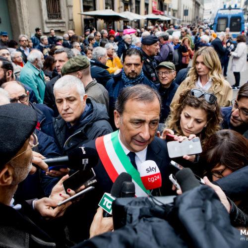Il sindaco di Milano Beppe Sala durante la manifestazione per il 25 aprile a Milano, foto di Mairo Cinquetti
