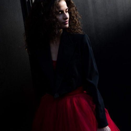 Chiara Scelsi alla sfilata di Dolce e Gabbana alla Milano Fashion Week, foto di Mairo Cinquetti