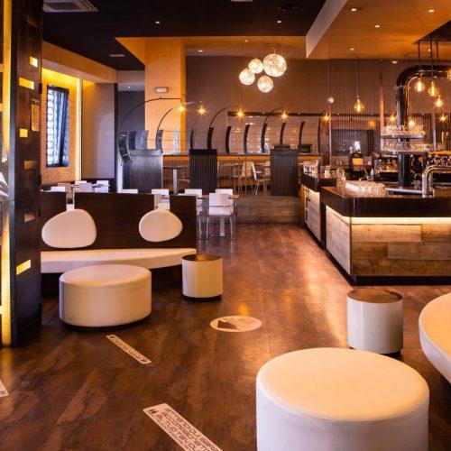 Foto dell'interno di un ristorante durante un servizio fotografico per ristoranti, foto di Mairo Cinquetti