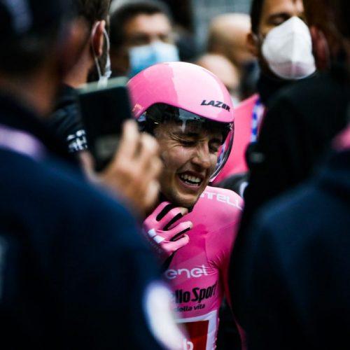 Jai Hindley durante la tappa finale del Giro d'Italia a Milano, foto di Mairo Cinquetti